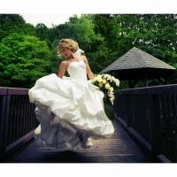 jumping-bride